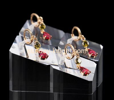 Plexiglass manufacturer customized retail display stands earring stud holder JDK-331