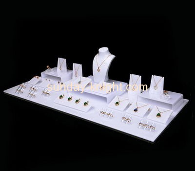 Acrylic display manufacturers customized acrylic jewellery bust display stands JDK-369