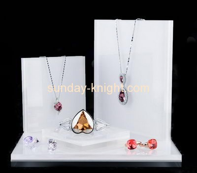China acrylic manufacturer customized acrylic jewelry store display stands JDK-378