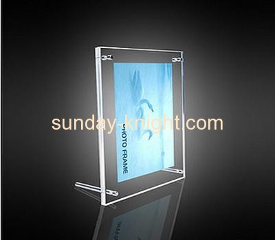 Clear lucite picture frames stand with two feet APK-007