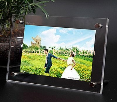 Picture frame manufacturer custom acrylic free standing funia picture photo frame APK-032