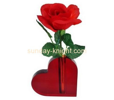 Display manufacturers custom red clear heart shaped vase HCK-110