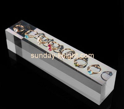 Customize acrylic jewelry ring holder JDK-520