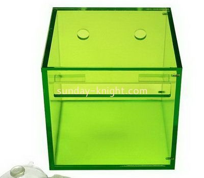 Square green acrylic tissue paper box DBK-1031